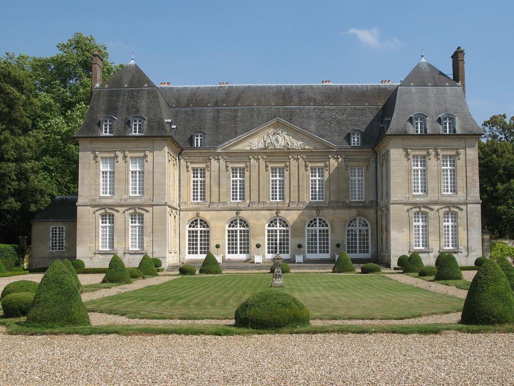 1200px-Château_de_Boury_1
